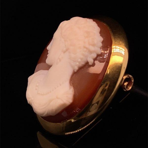 Victorian hardstone cornelian cameo brooch