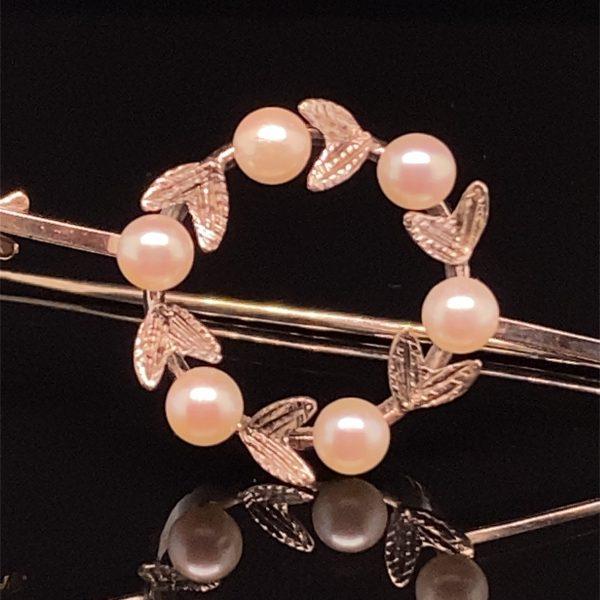 Pearl laurel wreath brooch