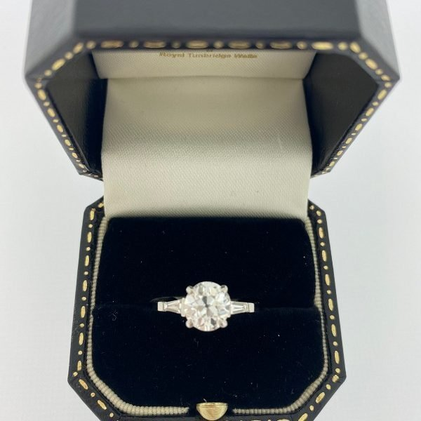 Art Deco diamond three stone ring