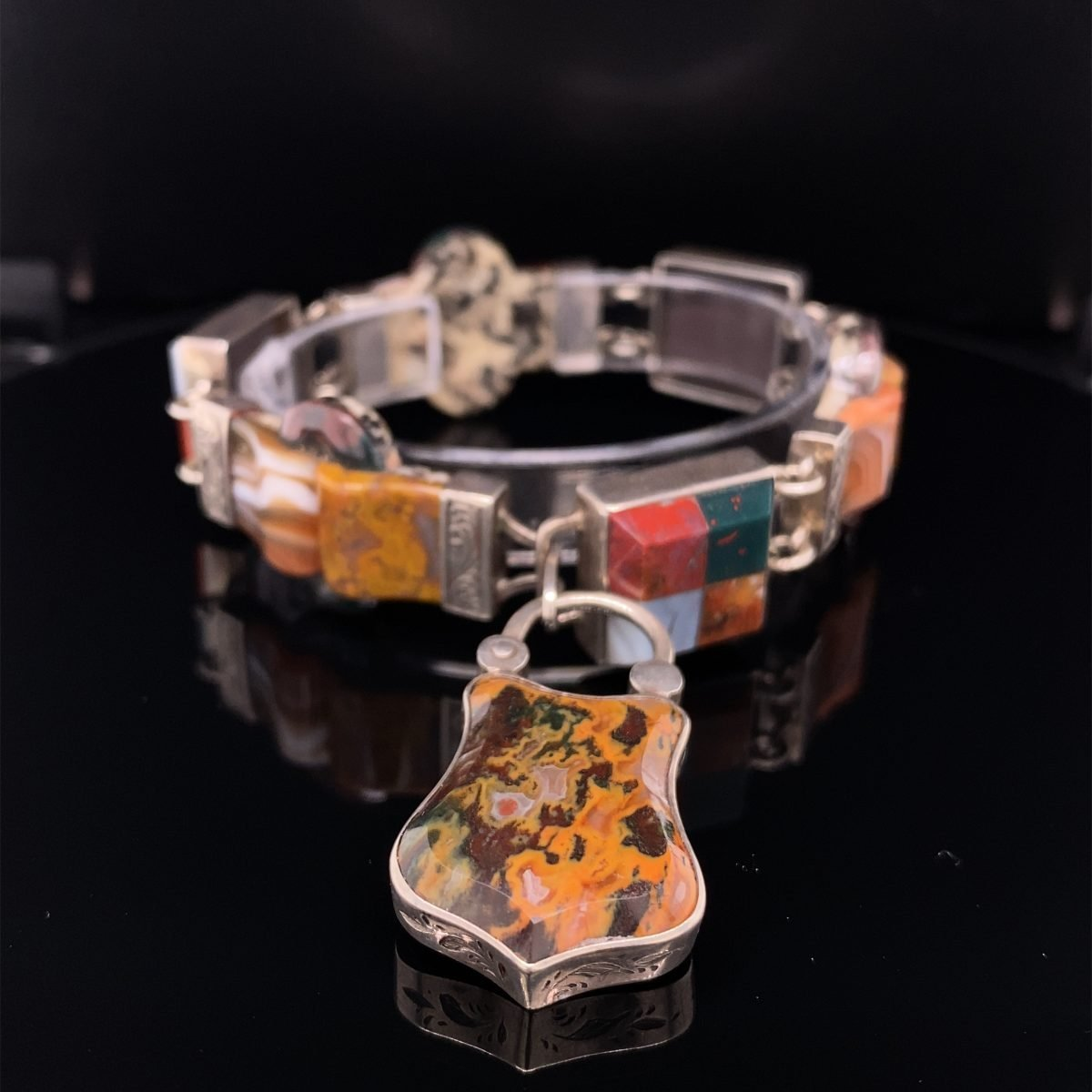 Victorian Scottish agate and silver bracelet