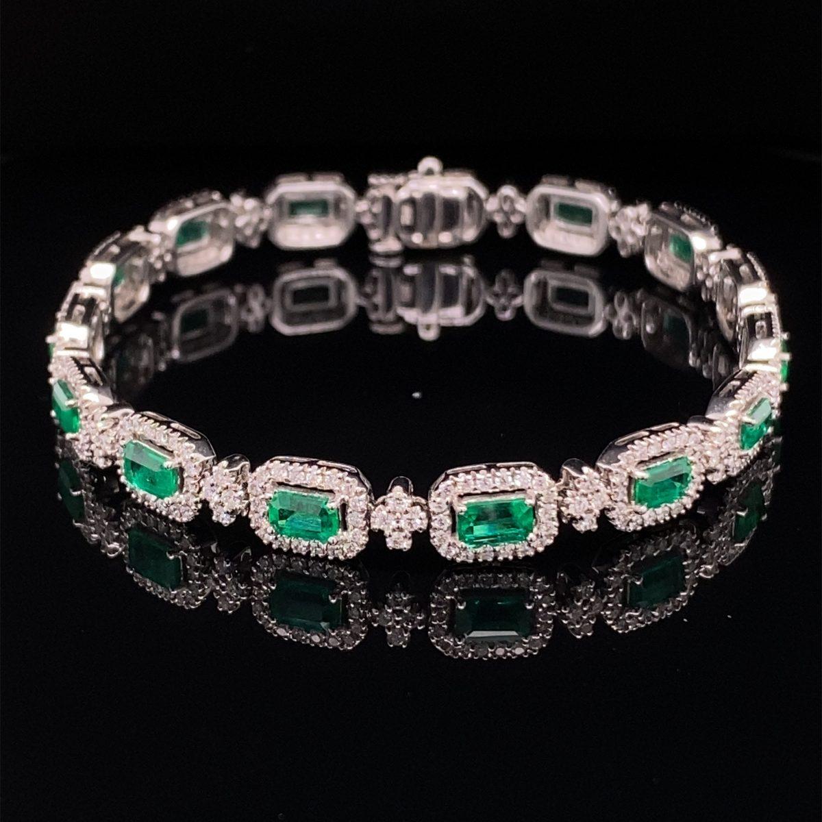 Emerald and diamond cluster bracelet
