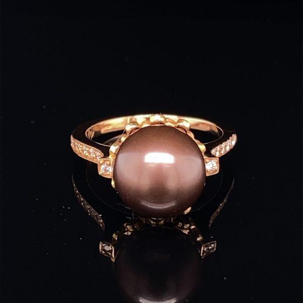 Chocolate pearl and diamond set ring