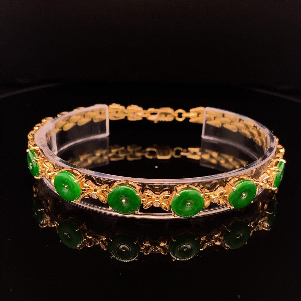 Jade, diamond and yellow gold bracelet