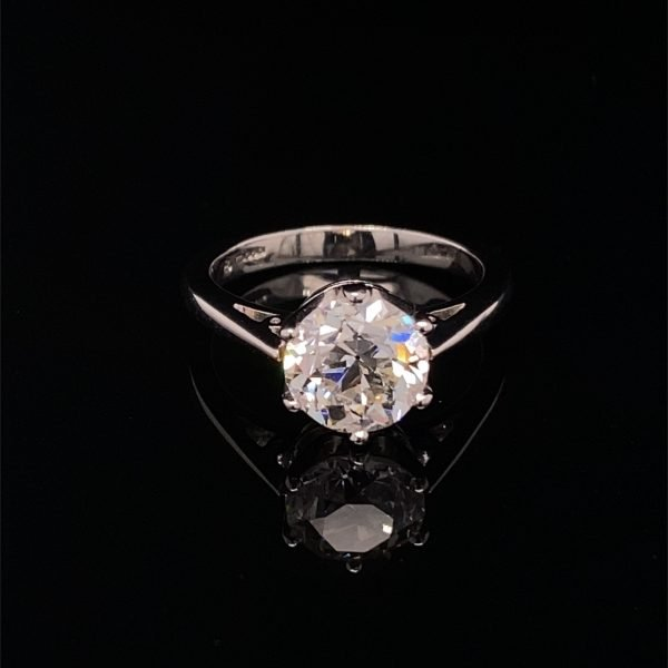 Diamond single stone ring