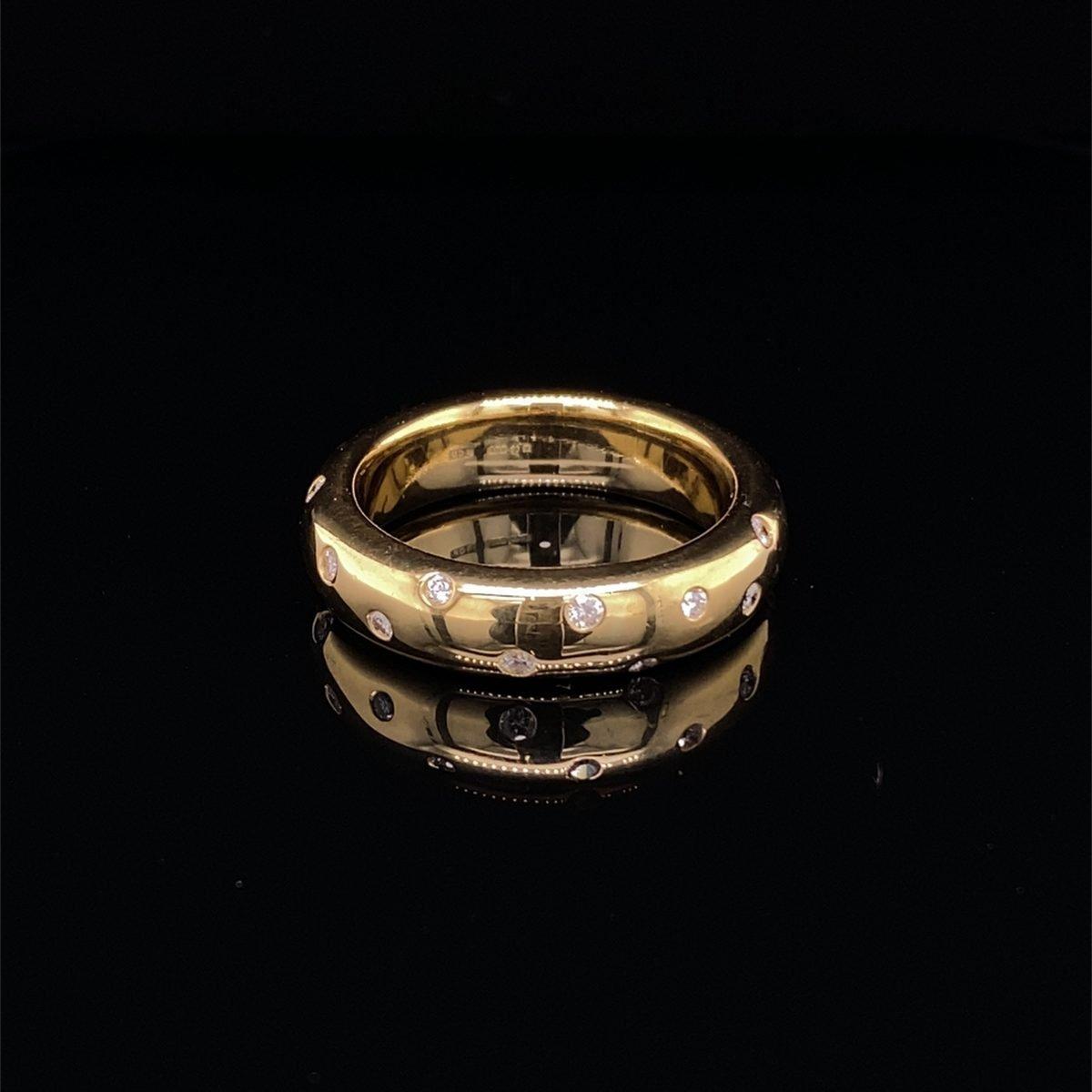 Diamond flush set ring