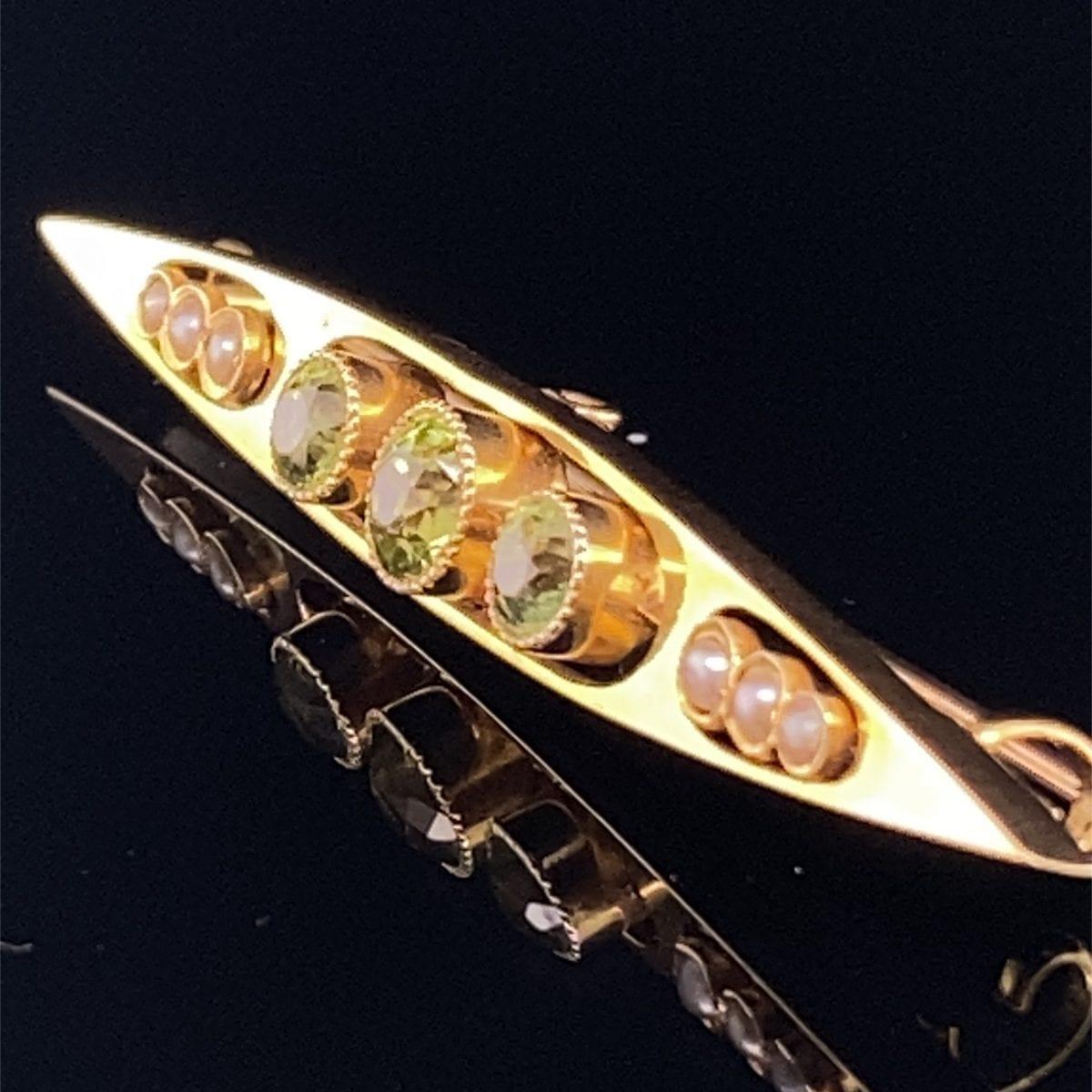 Edwardian peridot and seed pearl brooch