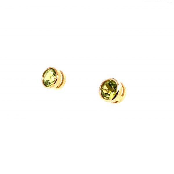 Round faceted peridot stud earrings