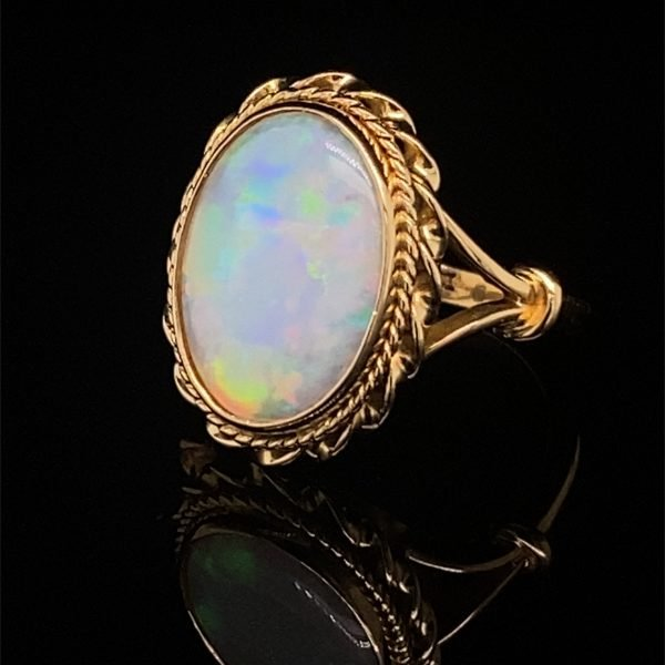 Opal vintage ring