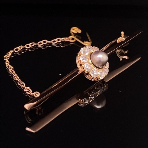 Diamond and black pearl bar pin